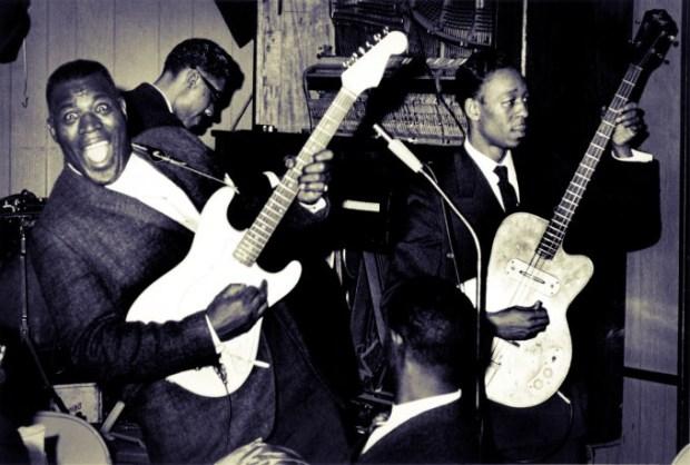 howlin-wolf-fender-stratocaster-blues-guitar-kkguitar-hubert-sumlin